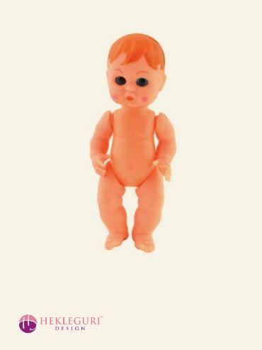 gammeldags-dukke-babydukke